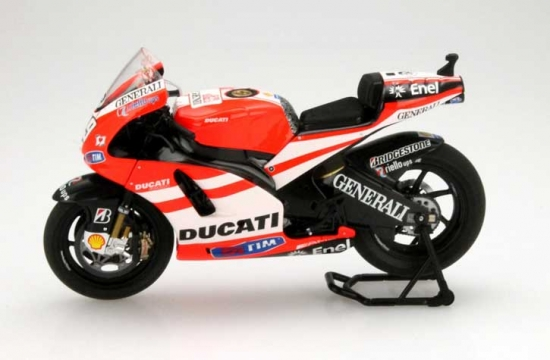 1:12th Nicky Hayden Ducati Desosedici 2011